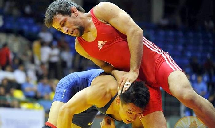 Бокс vs борьба