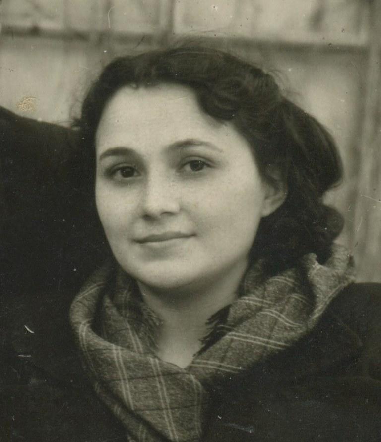 Айша Казиахмедова, домохозяйка
