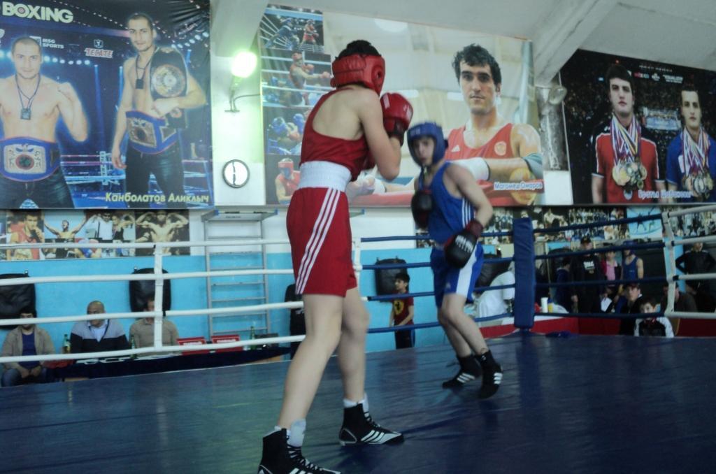 В Кизилюрте прошел турнир по боксу на призы Магомеда Омарова
