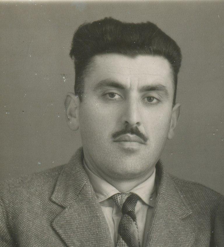 Жора Петросян, работник общепита