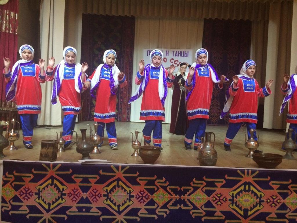 «Песни и танцы моего народа»