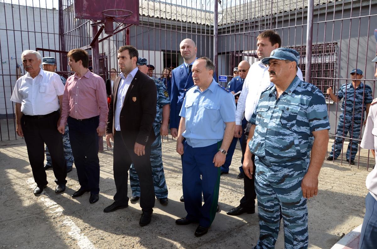 Прокурор Республики Дагестан посетил исправительную колонию № 2