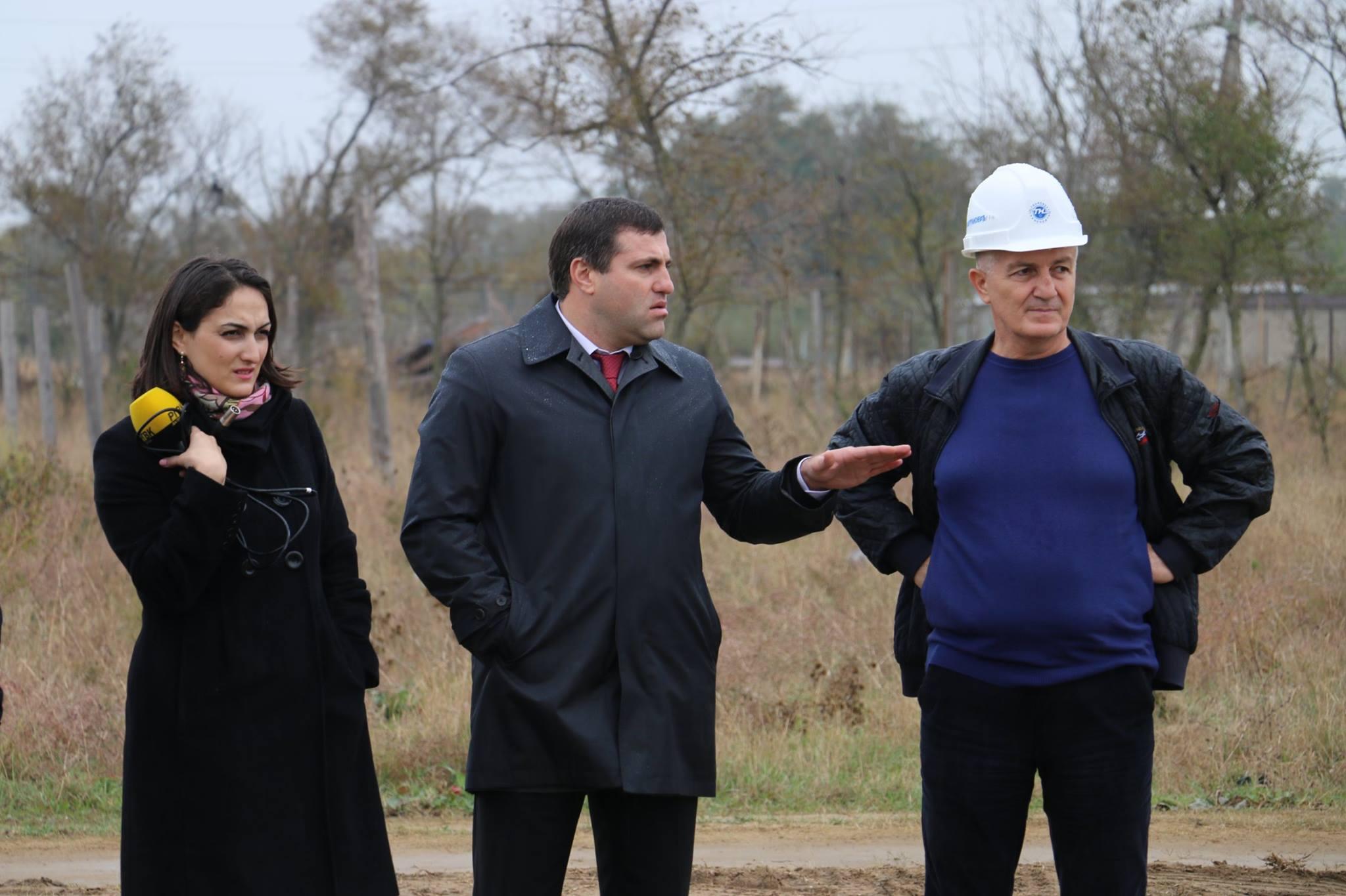 В Кировском районе Махачкалы сносят незаконные строения
