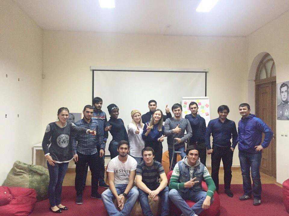 Тренинг на командообразование прошел в «ЯПП» для иностранных студентов