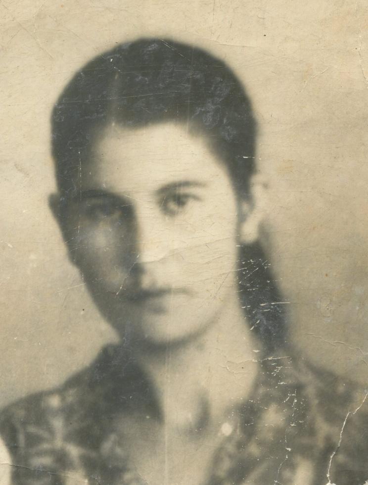 Сурая Якубова,  разнорабочая