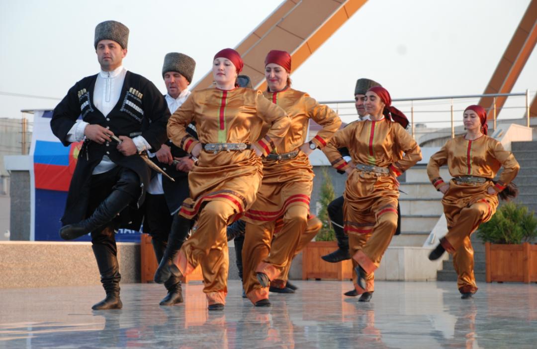 В Махачкале отпраздновали День единства народов России
