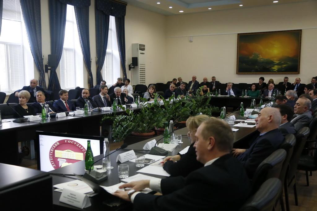 Первое заседание ректоров вузов СКФО в Дагестане или разговор о языках