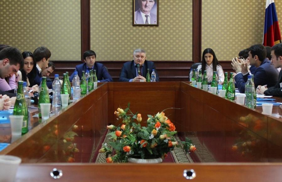 Российская школа политики –  проект для молодежи