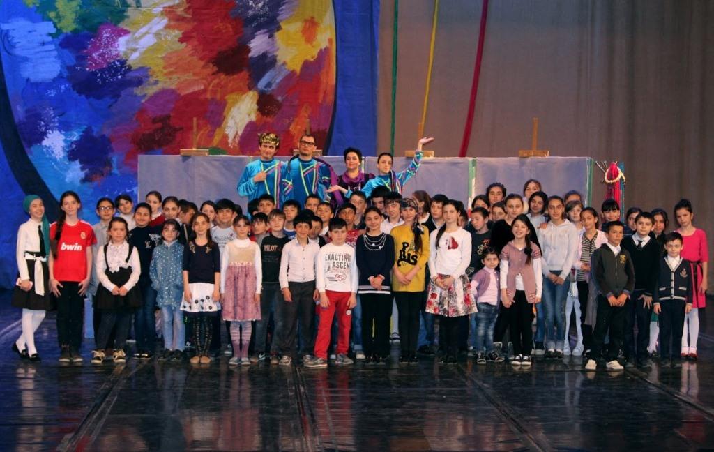 Дети из районов республики в рамках проекта «Культура - детям Дагестана» посетили Дагестанский государственный театр оперы и балета