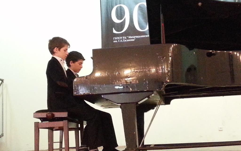В Махачкале прошел Республиканский конкурс пианистов  им. Г. Гасанова.