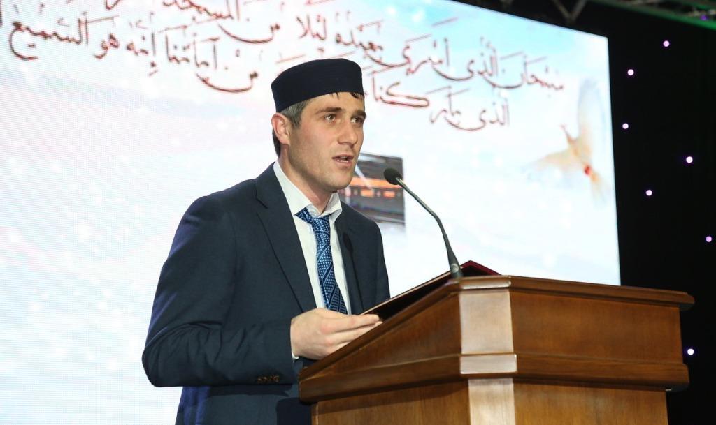 Председатель Дагкомрелигии поздравил мусульман от имени Главы РД со священной ночью Аль-Исра ва-ль-Мирадж