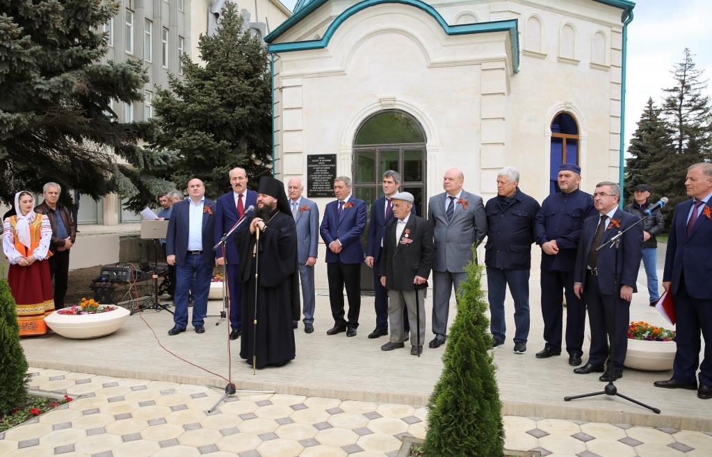 Рамазан Абдулатипов принял участие в открытии Храма в честь Святого равноапостольного Князя Владимира