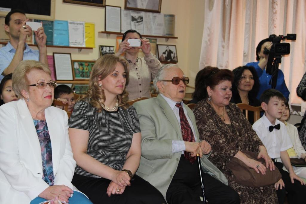 Школа Мурада Кажлаева встречала гостей в преддверии открытия Международного фестиваля «Эта песня твоя и моя»