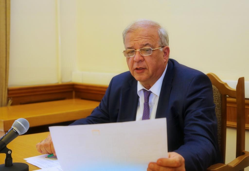 Под руководством Анатолия Карибова состоялось заседание Координационного совета по ликвидации задолженности по зарплате