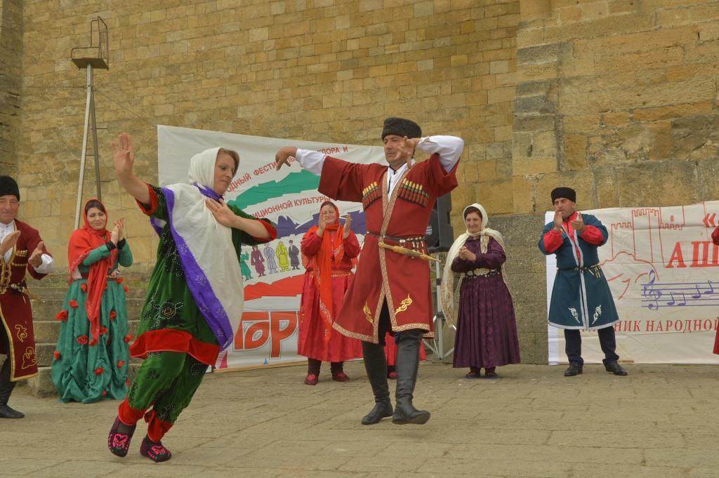 Участников VII Международного фестиваля фольклора и традиционной культуры «Горцы» принял древний Дербент