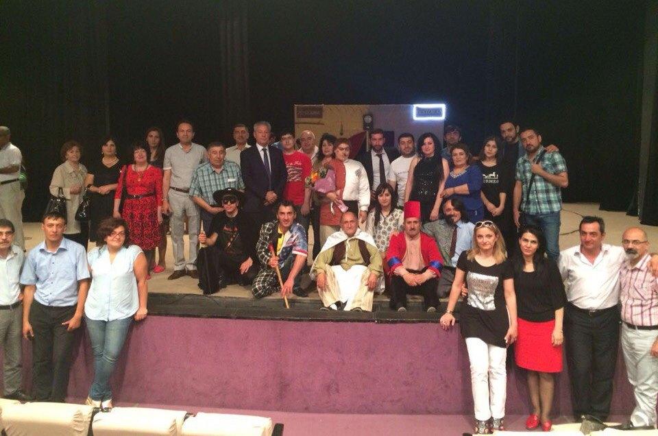 Азербайджанский театр выступает с гастролями в Баку