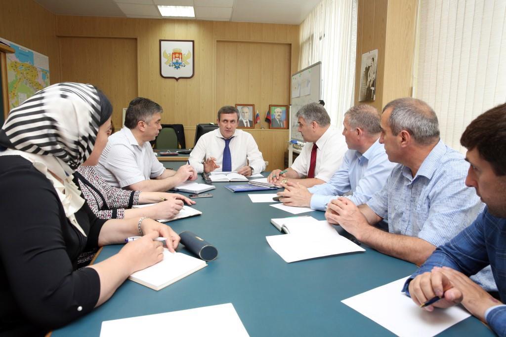 Подготовку к празднованию Дня России обсудили в Махачкале