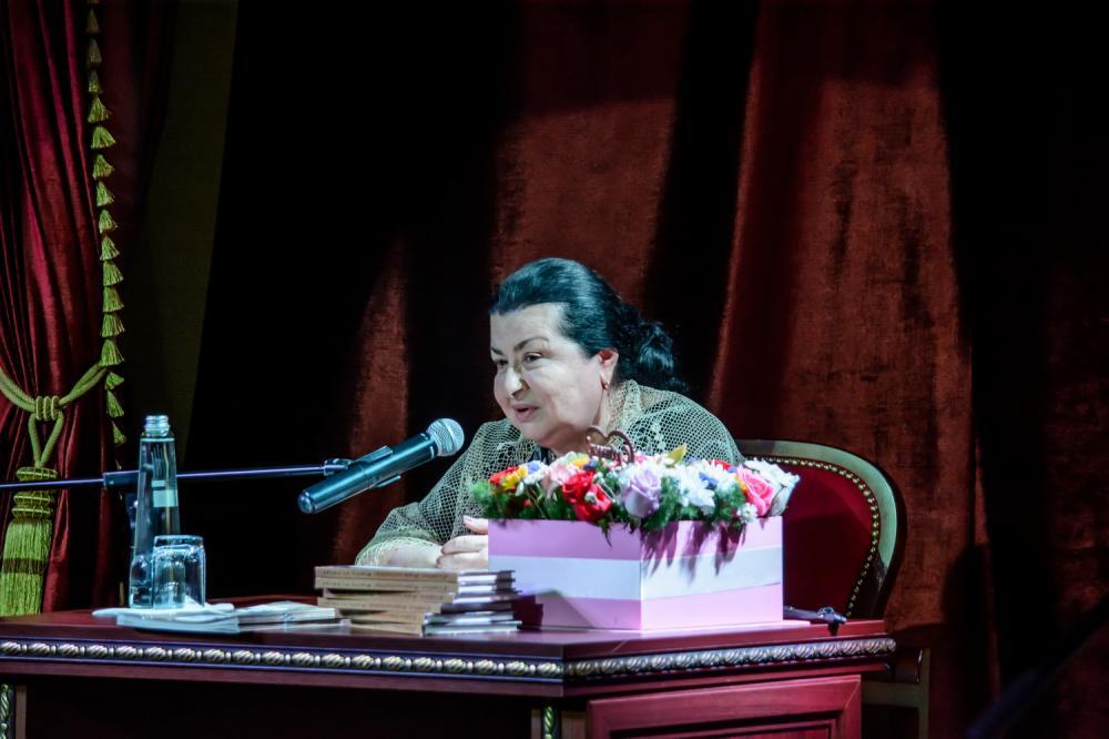 Встреча с Людмилой Хизгиловной Авшалумовой прошла в Театре поэзии