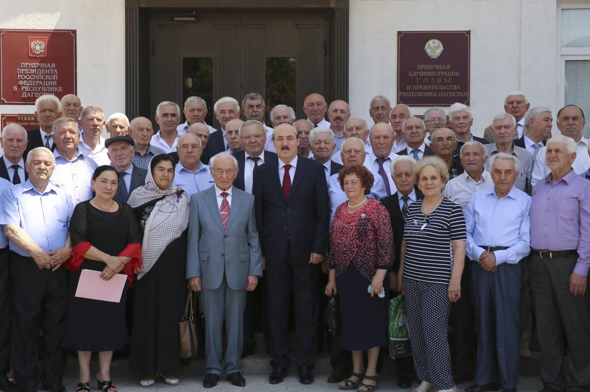 Рамазан Абдулатипов: «Совет старейшин – совет мудрых людей»