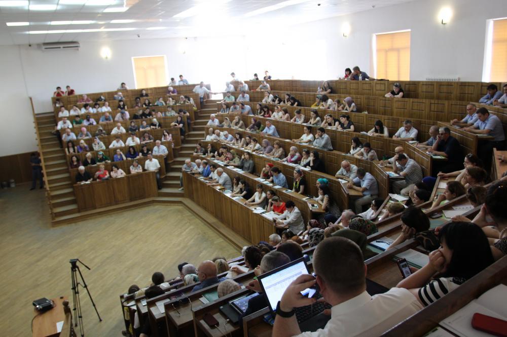 На конференции в ДГМА обсудили актуальные вопросы гастроэнтерологии и гепатологии