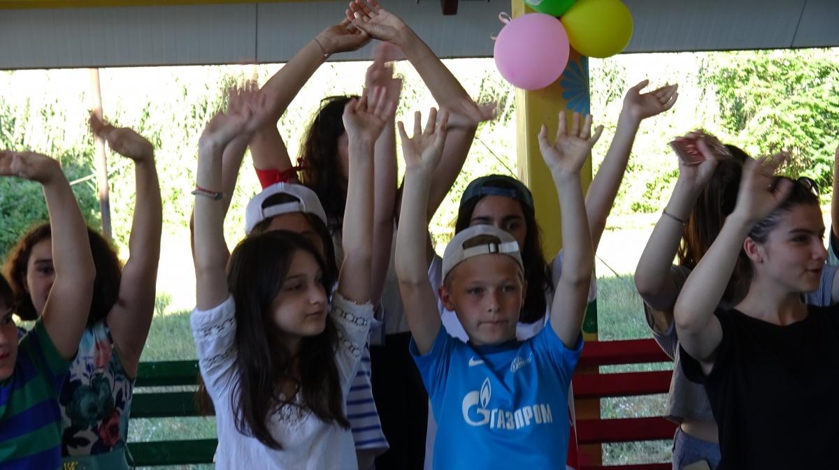 Дети из Луганской народной республики прибыли на отдых  в Дагестан