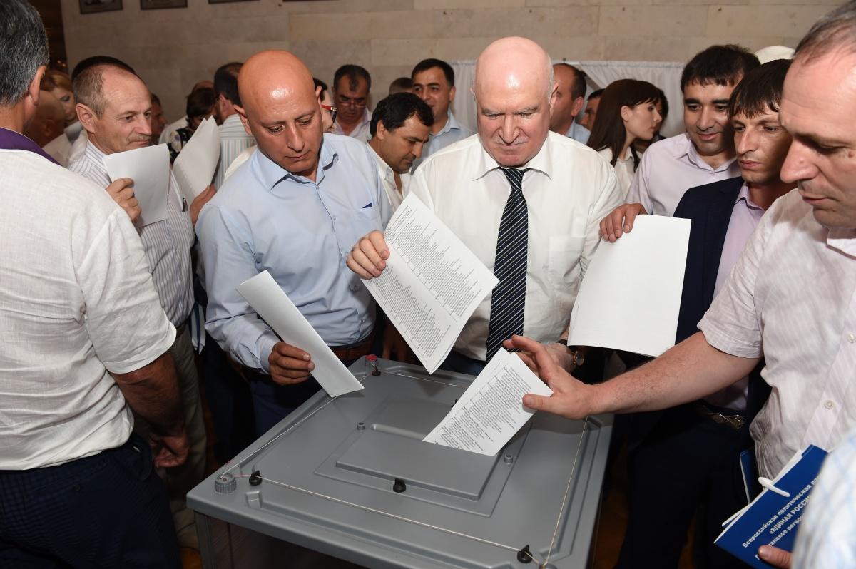 В Махачкале прошла XXVII Конференция Дагестанского регионального отделения партии «ЕДИНАЯ РОССИЯ»