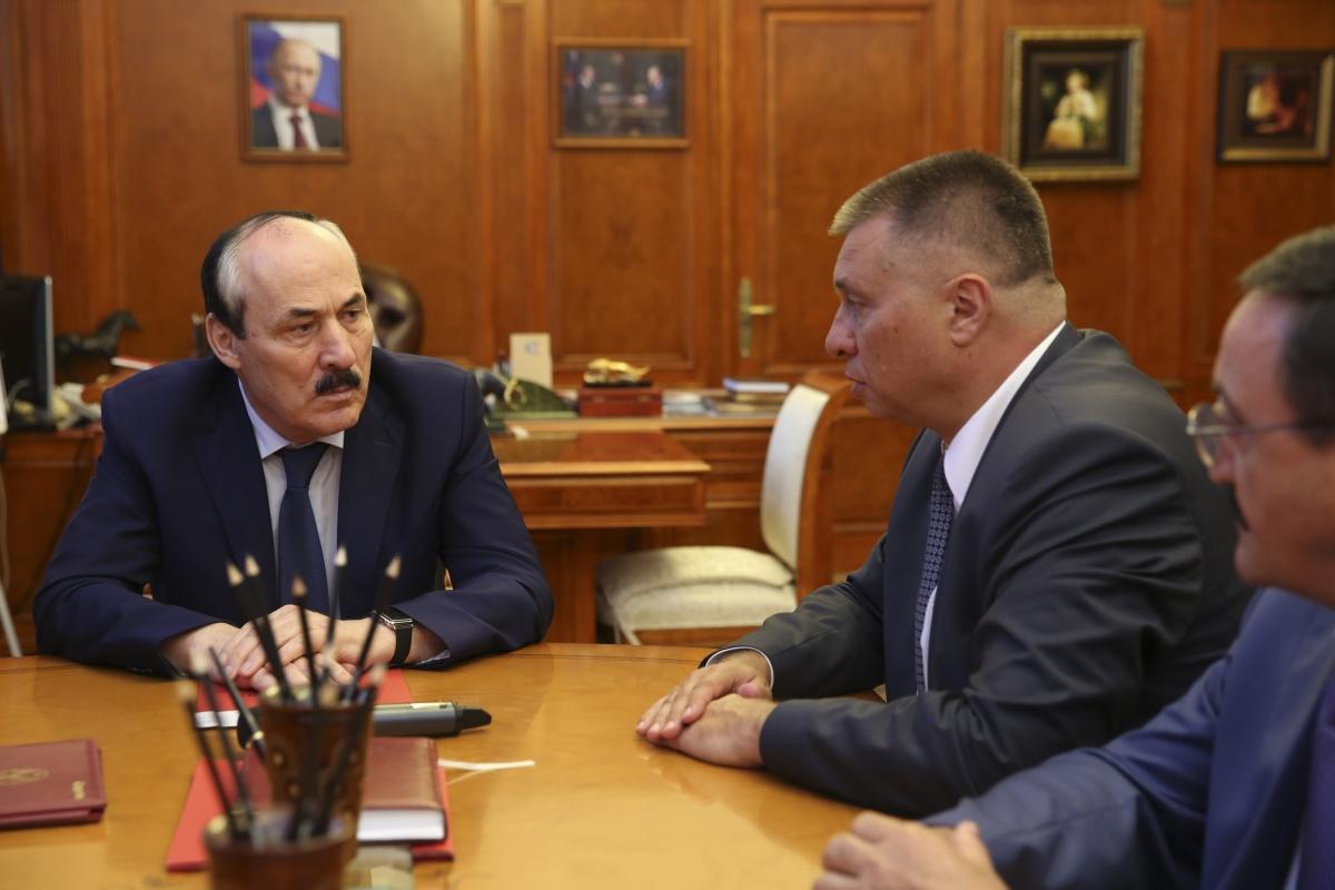 Глава Дагестана провел рабочую встречу с руководством ФАС России