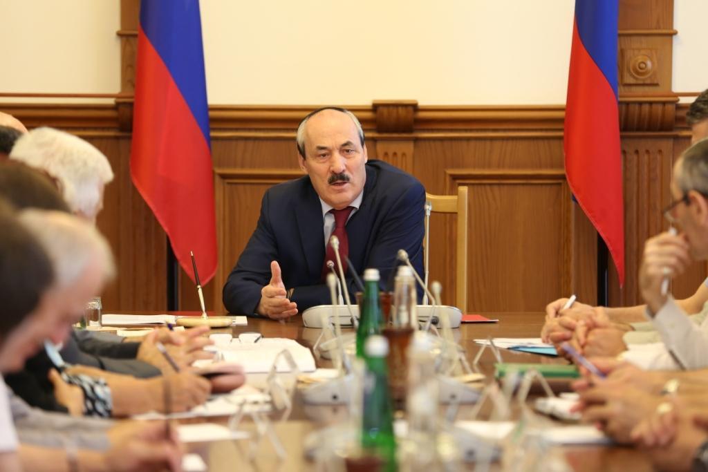 Глава Дагестана встретился с членами экспертного совета при Антитеррористической комиссии в РД