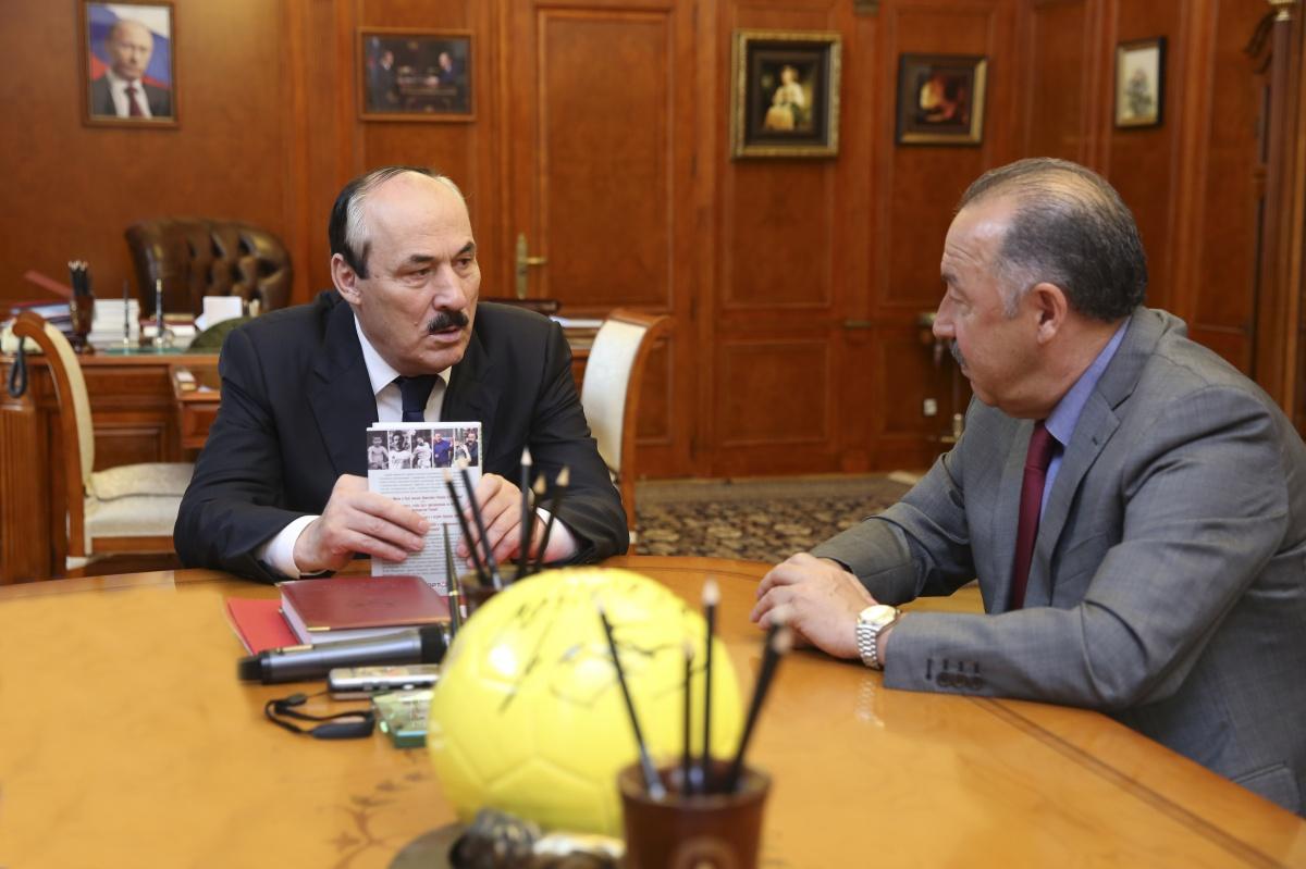 Глава Дагестана встретился с Геннадием Бурковым и Валерием Газзаевым