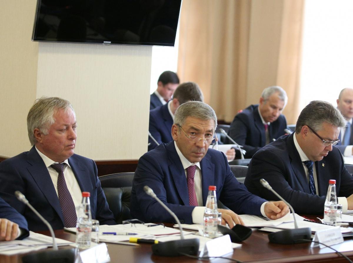 Абдусамад Гамидов принял участие в совещании под руководством Александра Новака