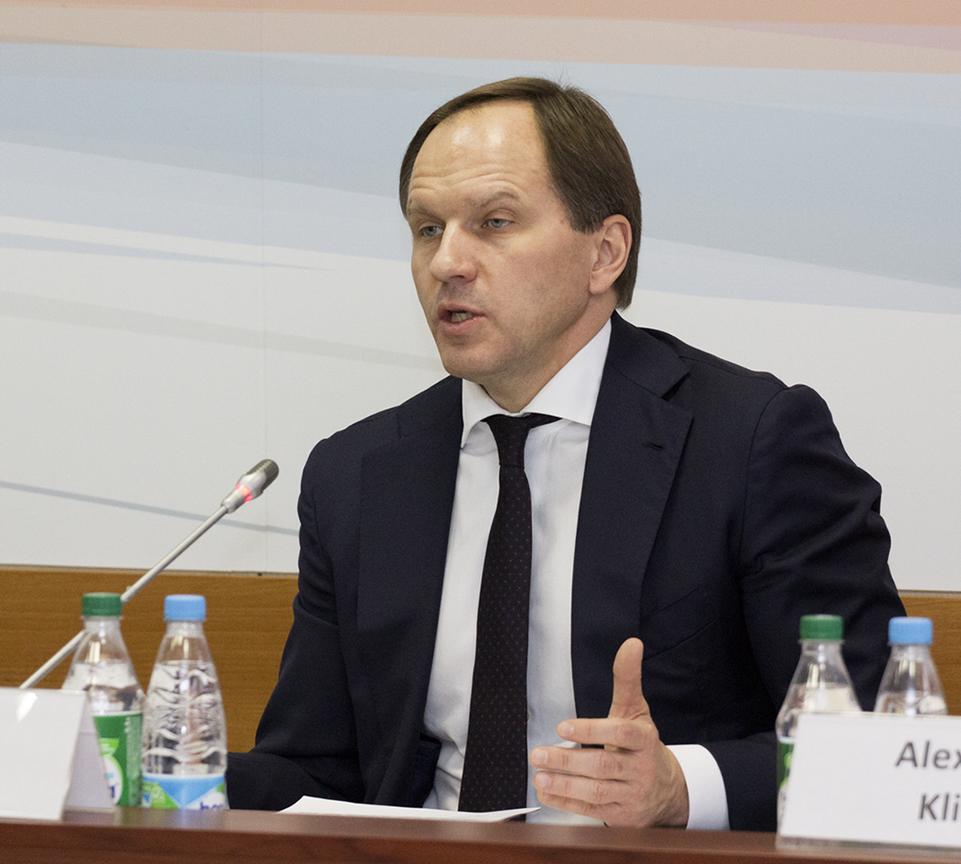 В Дагестан с рабочим визитом прибыл министр по делам Северного Кавказа Лев Кузнецов3