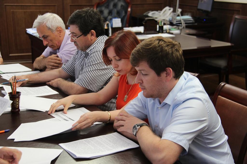 В Минтруда РД обсудили реализацию приоритетных проектов развития Республики Дагестан