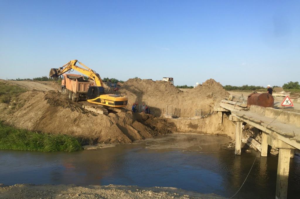 В Тарумовском районе начато строительство моста по новой технологии