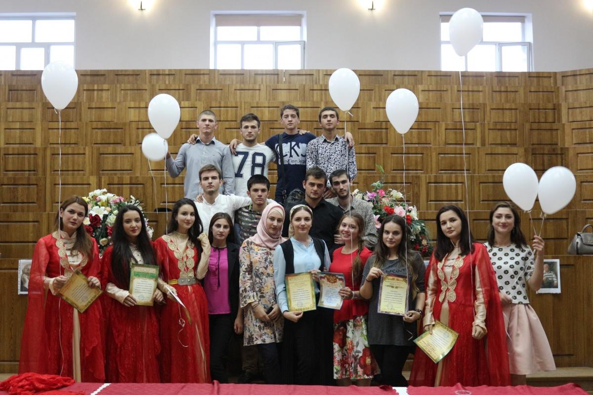Литературный вечер памяти Расула Гамзатова прошел в ДГМУ