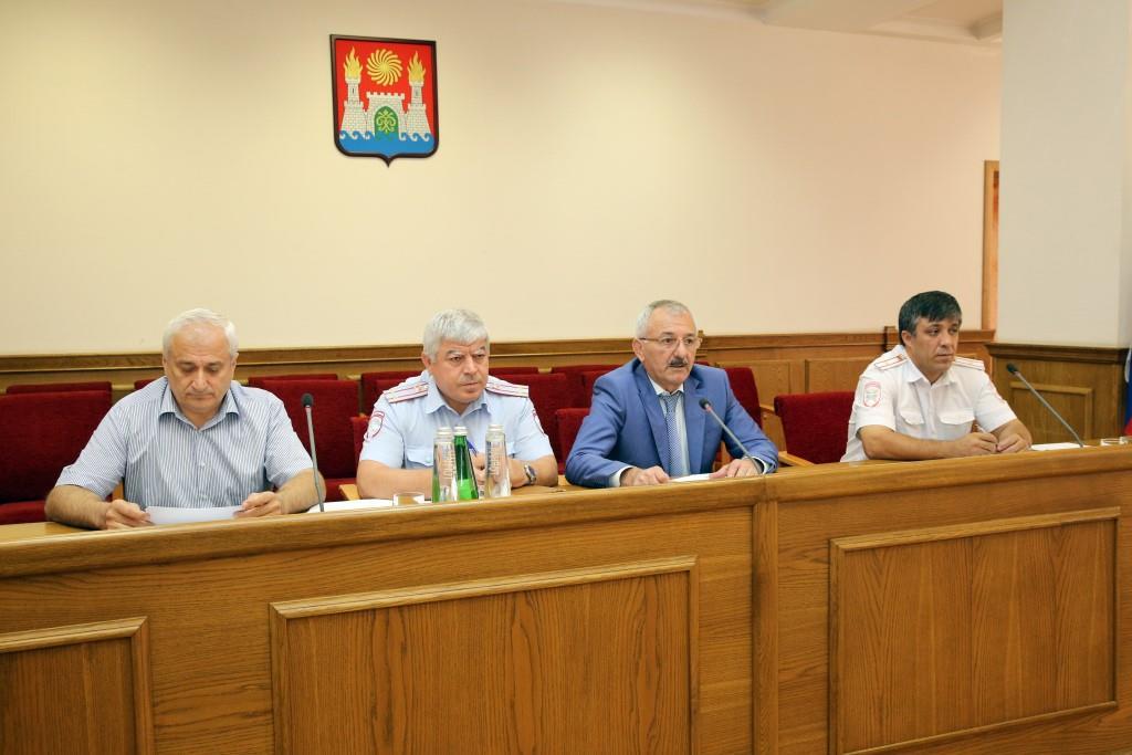 В мэрии прошло заседание комиссии по обеспечению безопасности дорожного движения