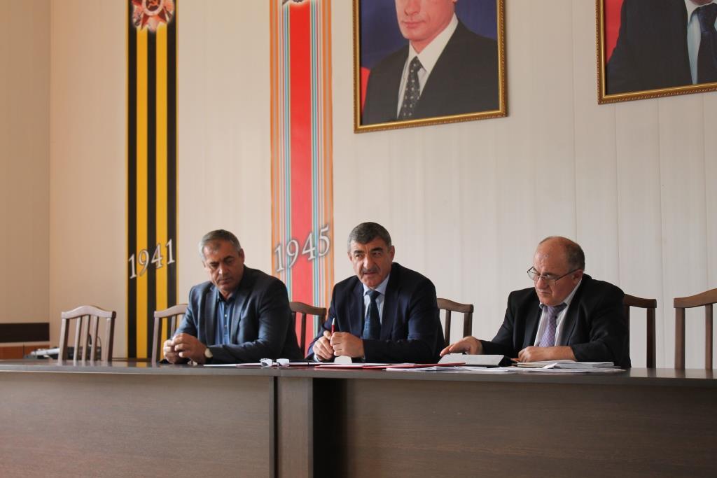 Готовность к отопительному сезону обсудили в Гергебильском районе