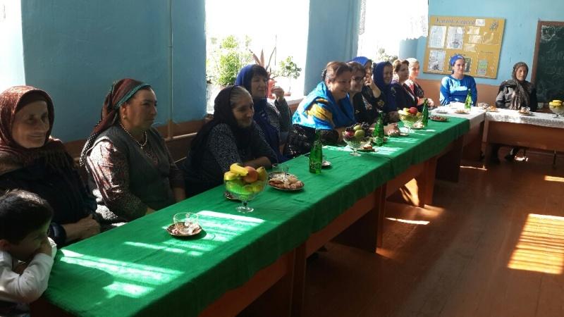 День пожилых людей отметили в чинарской школе