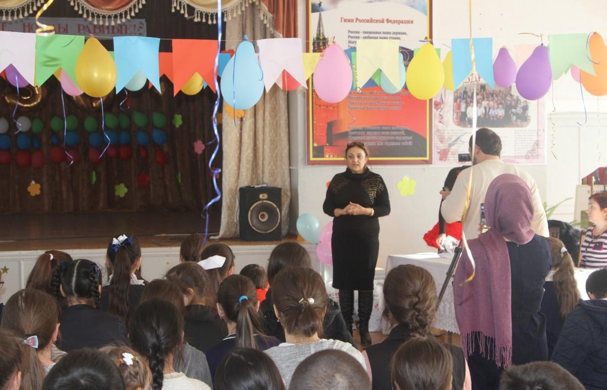 Фонд «Чистое Сердце» провел благотворительную акцию «Твори добро» в Буйнакске