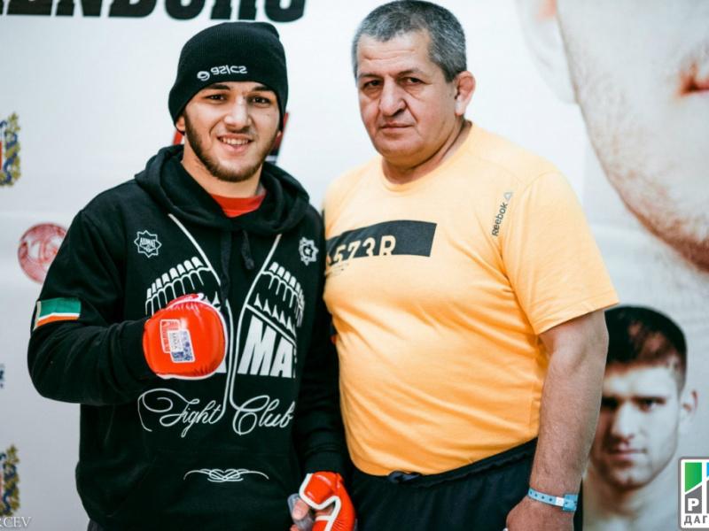Двенадцать дагестанцев отправятся на Суперкубок России по ММА