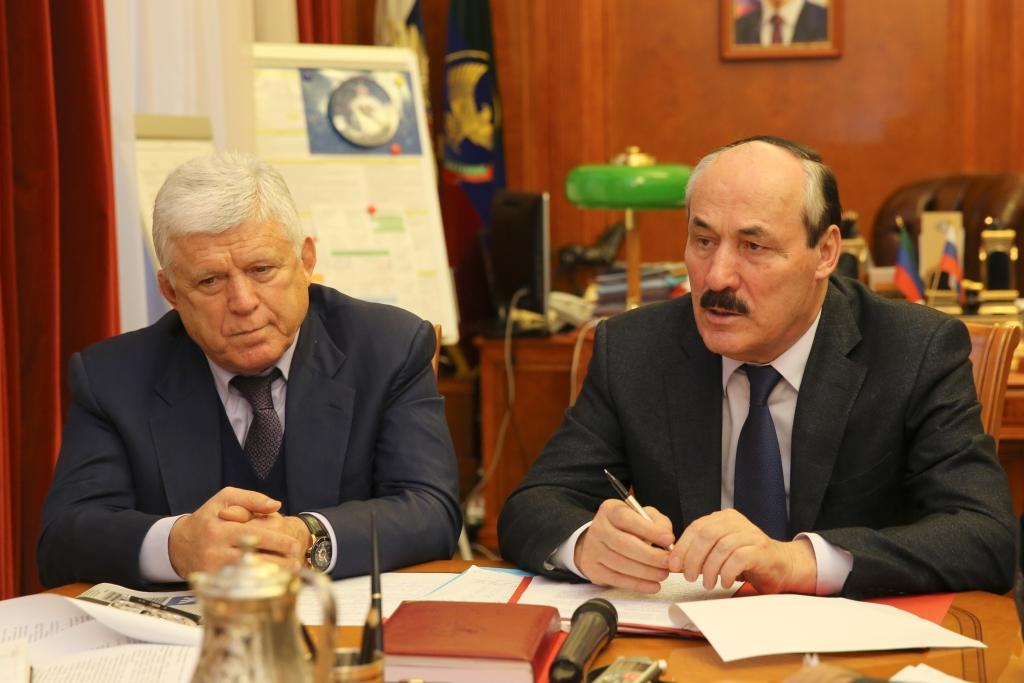 Рамазан Абдулатипов и Хизри Шихсаидов обсудили с дагестанскими журналистами Послание Президента России Федеральному Собранию