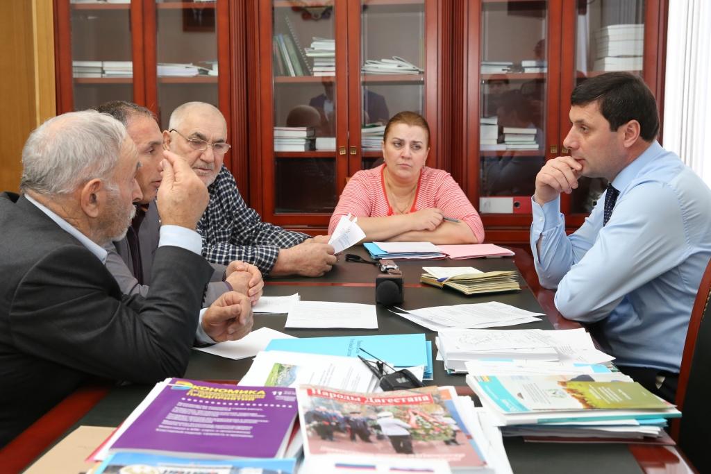 Вице-премьер Правительства РД Билал Омаров провел прием граждан