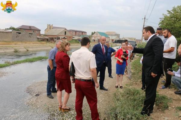 Руководство Кировского района планирует окончательно прекратить слив канализации в КОР