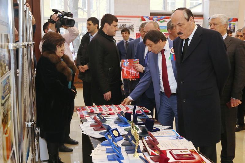 Рамазан Абдулатипов поздравил преподавателей и студентов Даггосуниверситета  с 85-летием со дня образования вуза