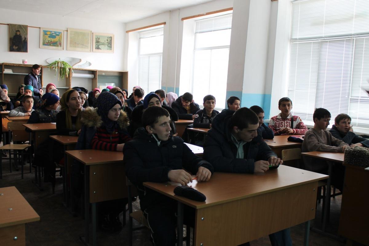 Старшеклассникам Гергебильского района рассказали о программе