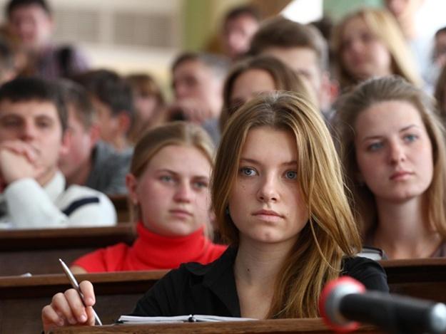 Новолакские старшеклассники проверили знания в олимпиаде по предпринимательскому делу