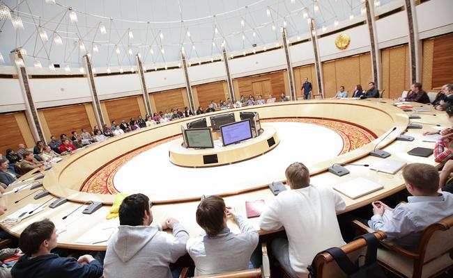 В Буйнакском районе пройдет круглый стол «Развитие молодежного предпринимательства»