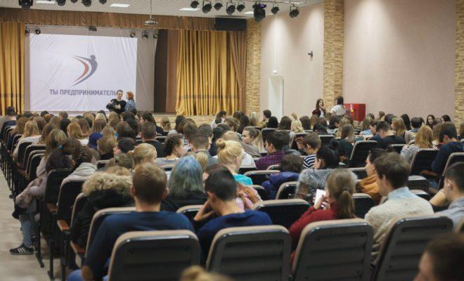 О вкладе молодежи в развитие республики поговорят в ходе круглого стола в Дагестанских Огнях