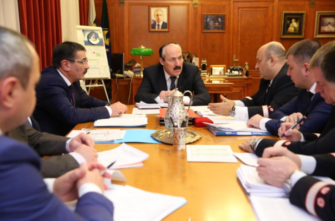 Глава Дагестана провел рабочую встречу с начальником Северо-Кавказской железной дороги