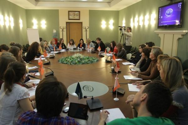 Круглый стол по развитию предпринимательства пройдет среди молодежи в Хивского района