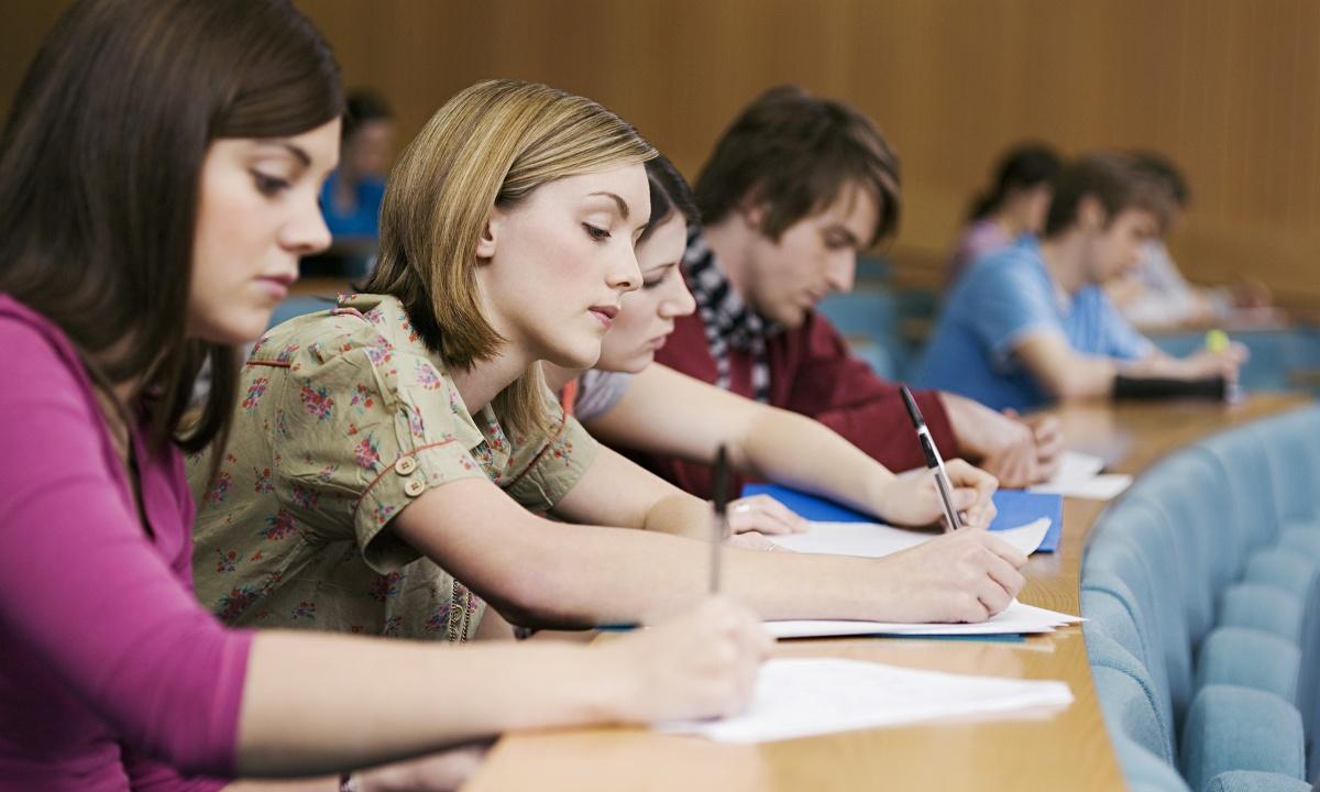Более 300 студентов Промышленно-экономического колледжа обучатся ведению бизнеса